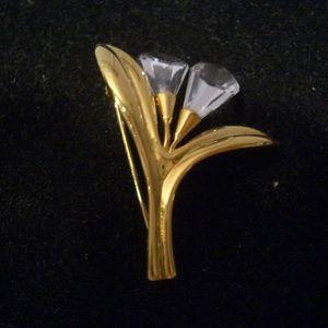 VINTAGE SWAROVSKI  SWAN  CRYSTAL CALLA  LILY  PIN